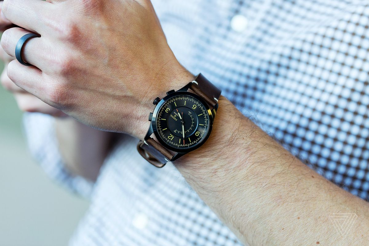 Fossil Q Activist Review Watch First Smart Second The Verge