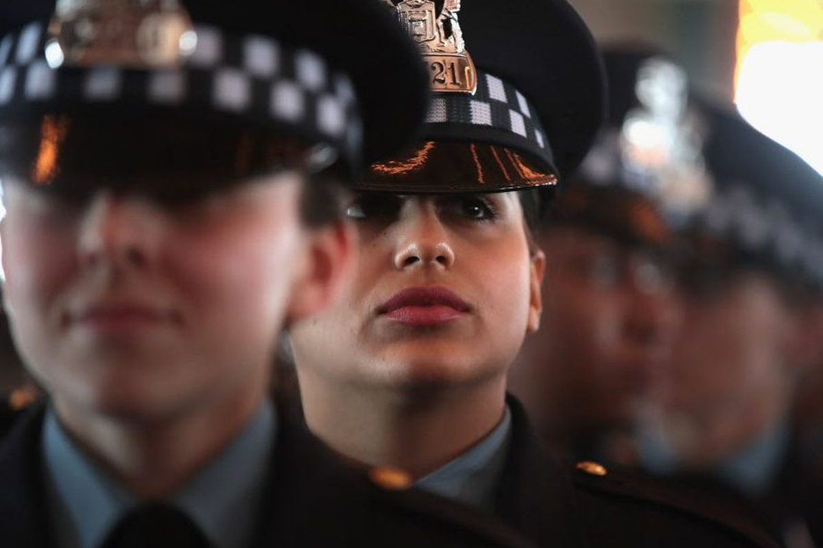 ef791c25f6 Chicago has fewer beat cops despite police hiring surge