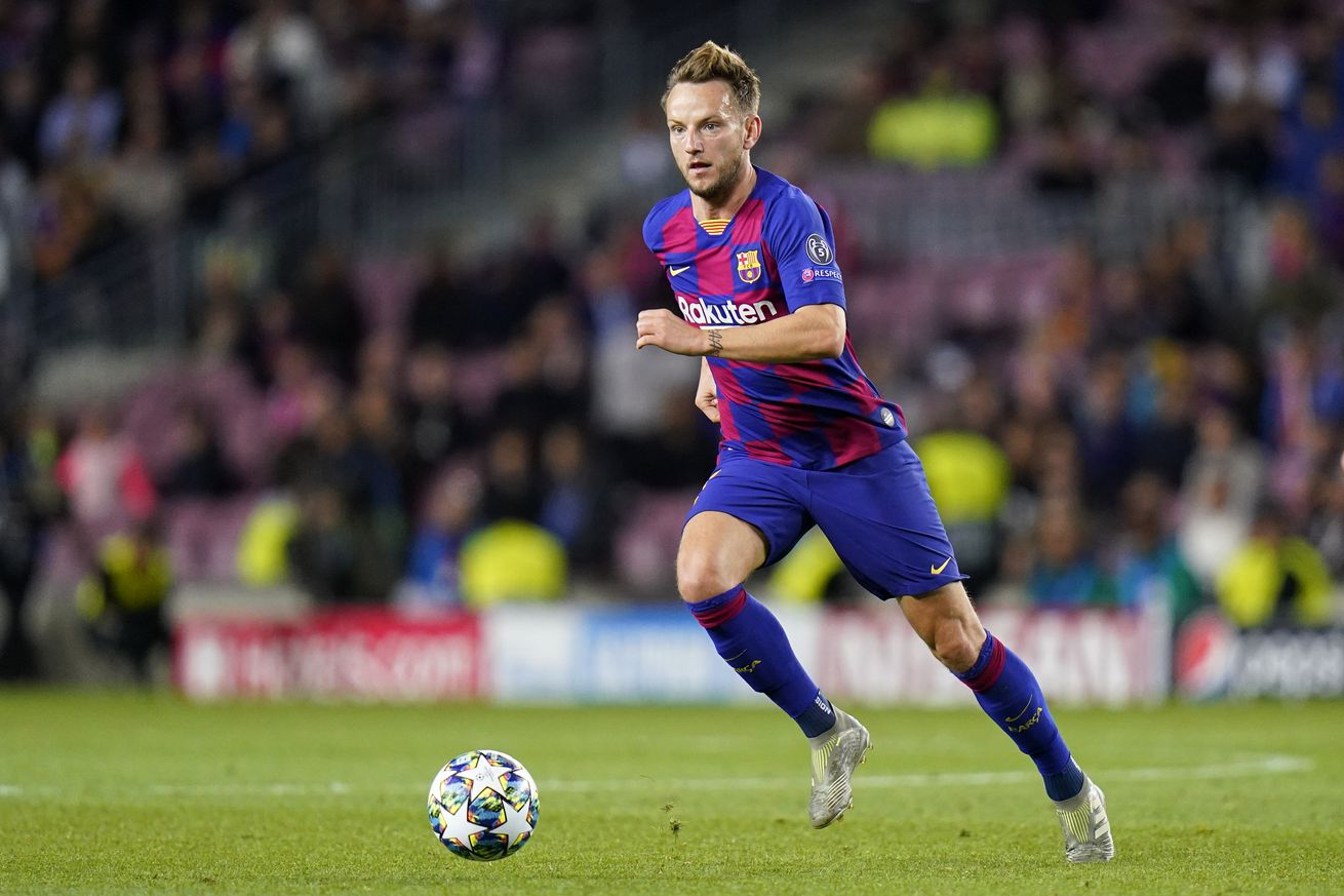 Barcelona Reportedly Put Rakitic On The Transfer List Amid Milan and Inter's Interest
