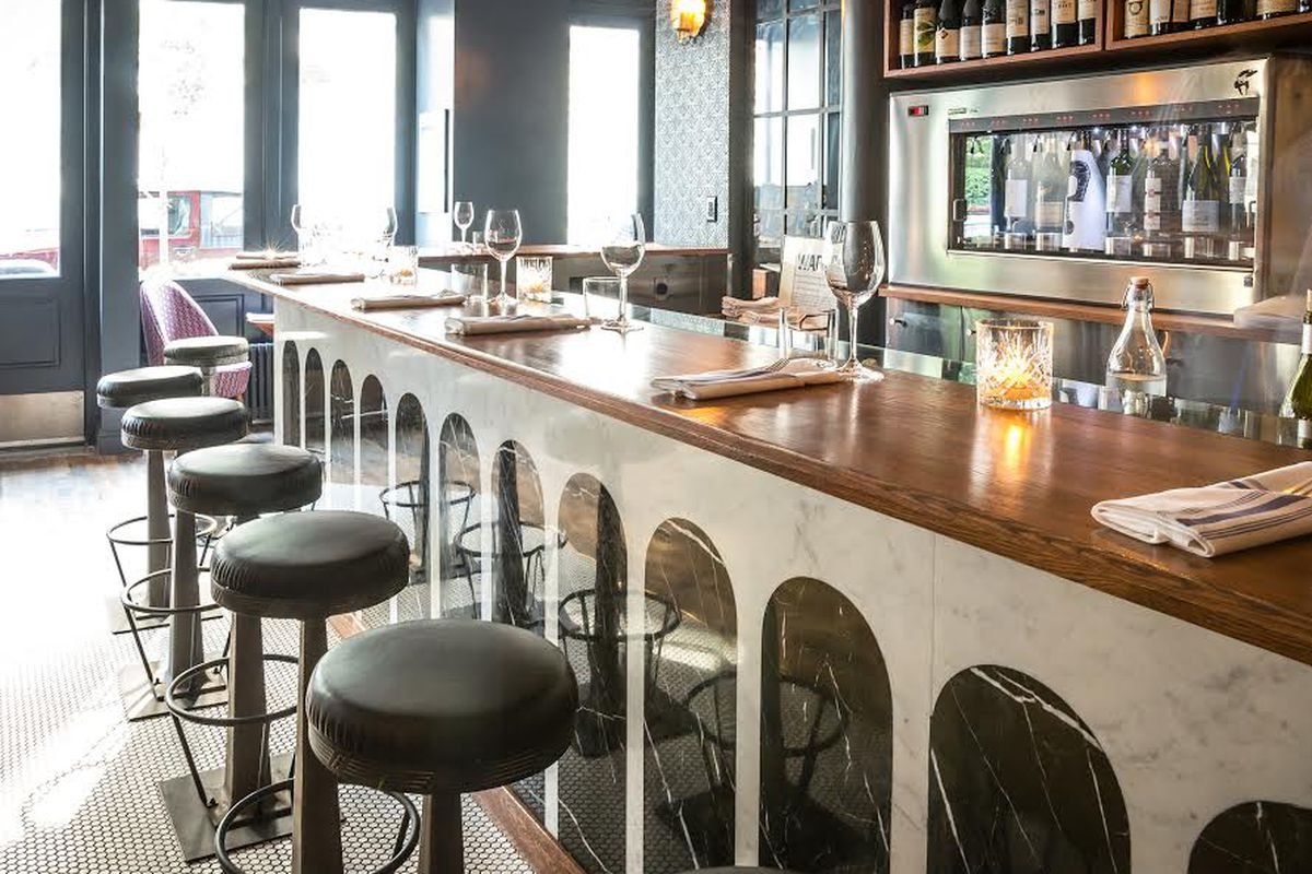 Are Americans Doing the Wine Bar Thing Right, and Does it Matter ...