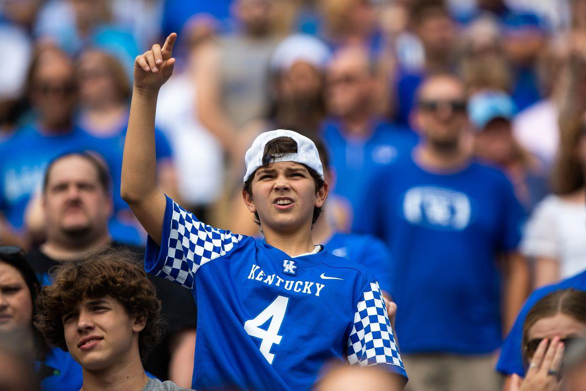 NCAA Football: Chattanooga at Kentucky