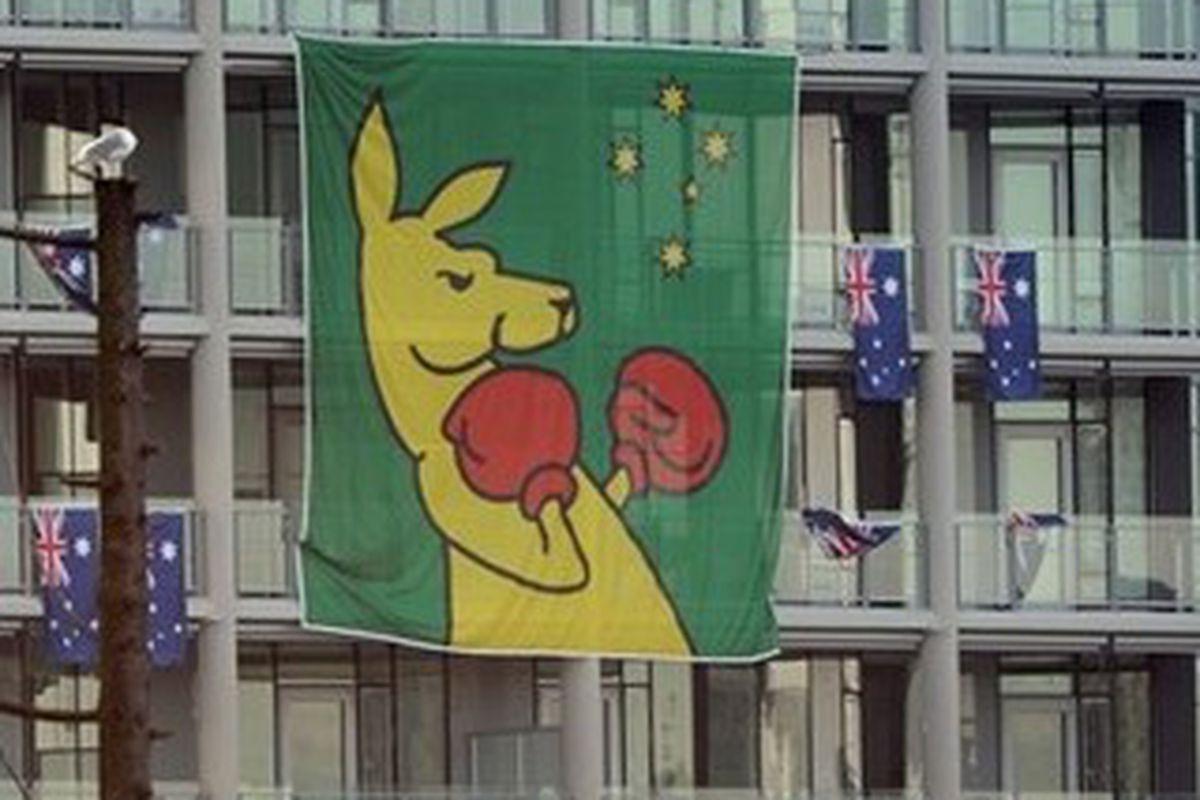 "Aussie! Oi! via <a href=""http://www.nbcolympics.com/mm/photo/sports/general/40/57/34/405734_m03.jpg"">nbcolympics.com</a>"