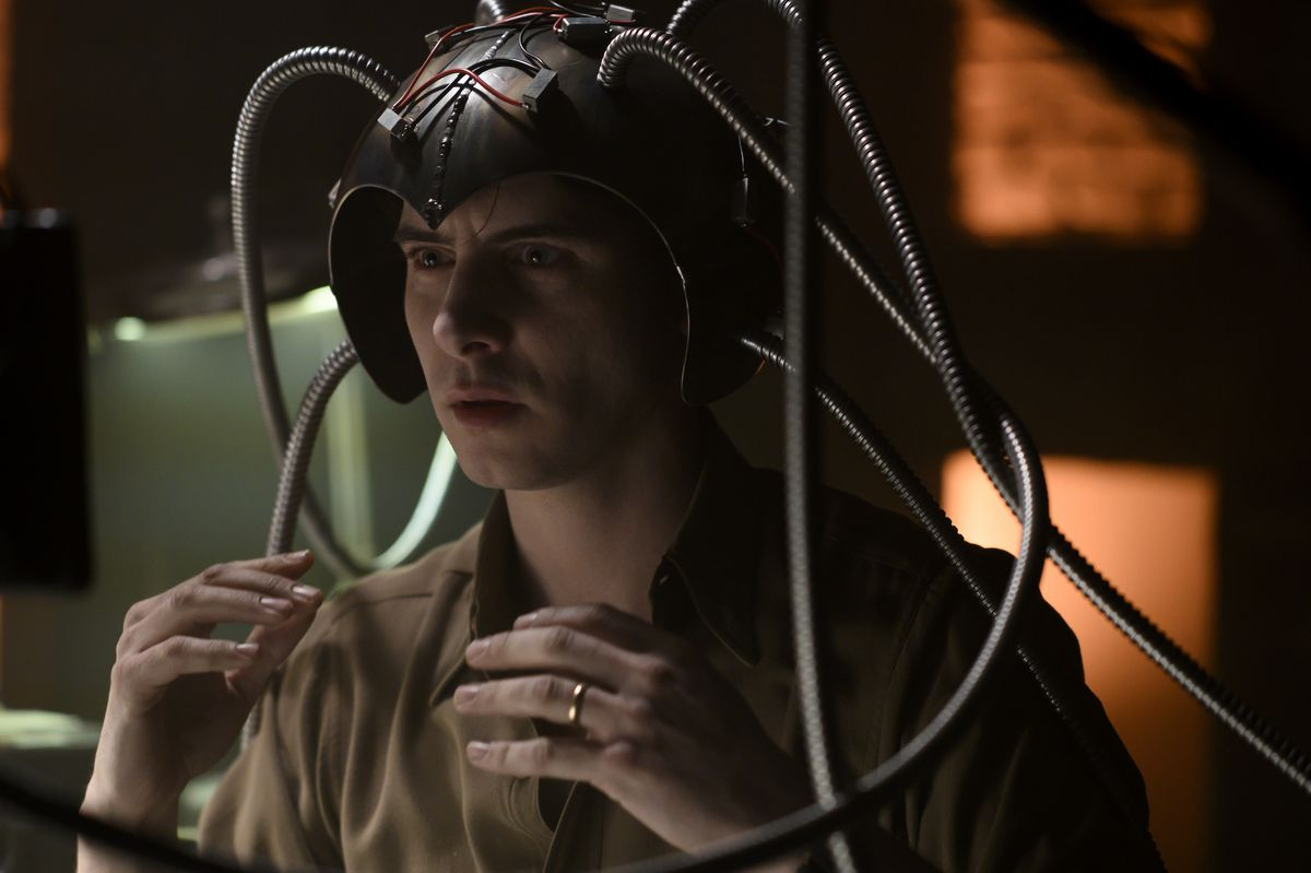 Charles Xavier (Harry Lloyd) wearing an early incarnation of Cerebro in Legion