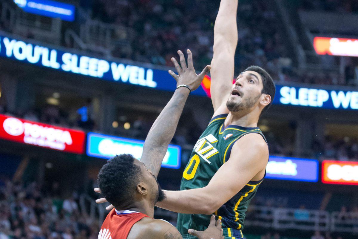 Enes Kanter Posterizes DeAndre Jordan | Clippers vs Jazz - SLC Dunk