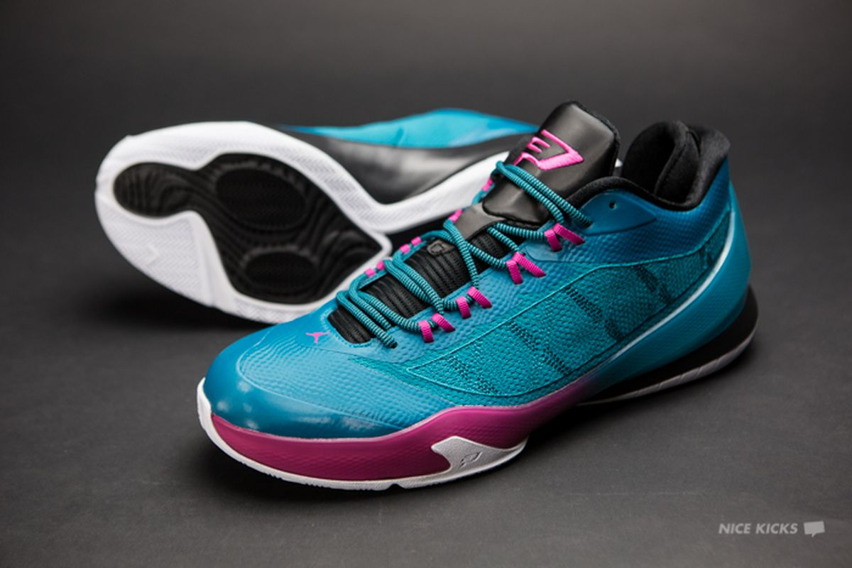 58af2fb6be176b Embracing the teal and pink of Chris Paul s new signature shoe ...