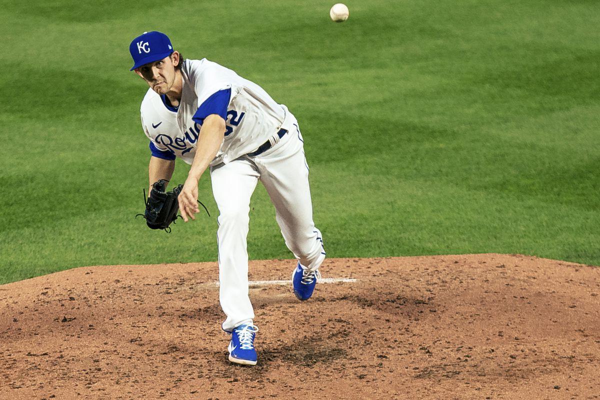 Daniel Lynch throws a pitch