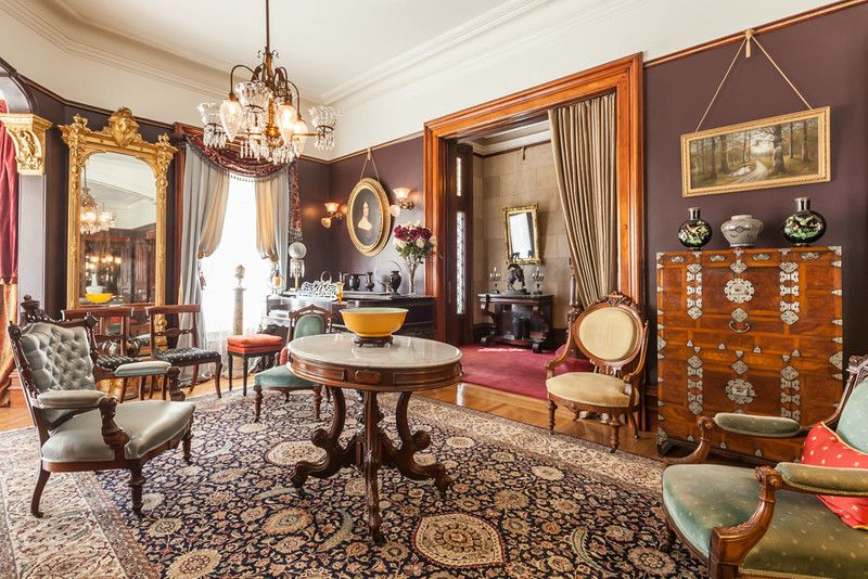 San Francisco Couple Says The Victorians Had It Right All Along