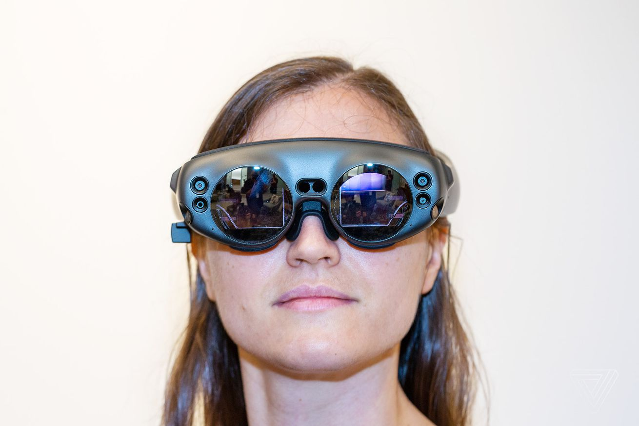 i tried magic leap and saw a flawed glimpse of mixed reality s amazing potential