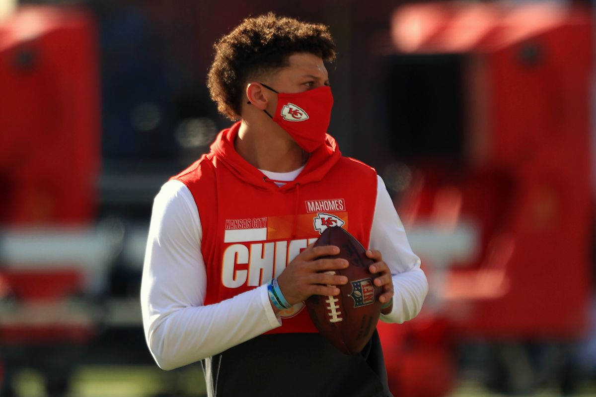 Patrick Mahomes #15 of the Kansas City Chiefs warms up prior to their game against the Tampa Bay Buccaneers at Raymond James Stadium on November 29, 2020 in Tampa, Florida.