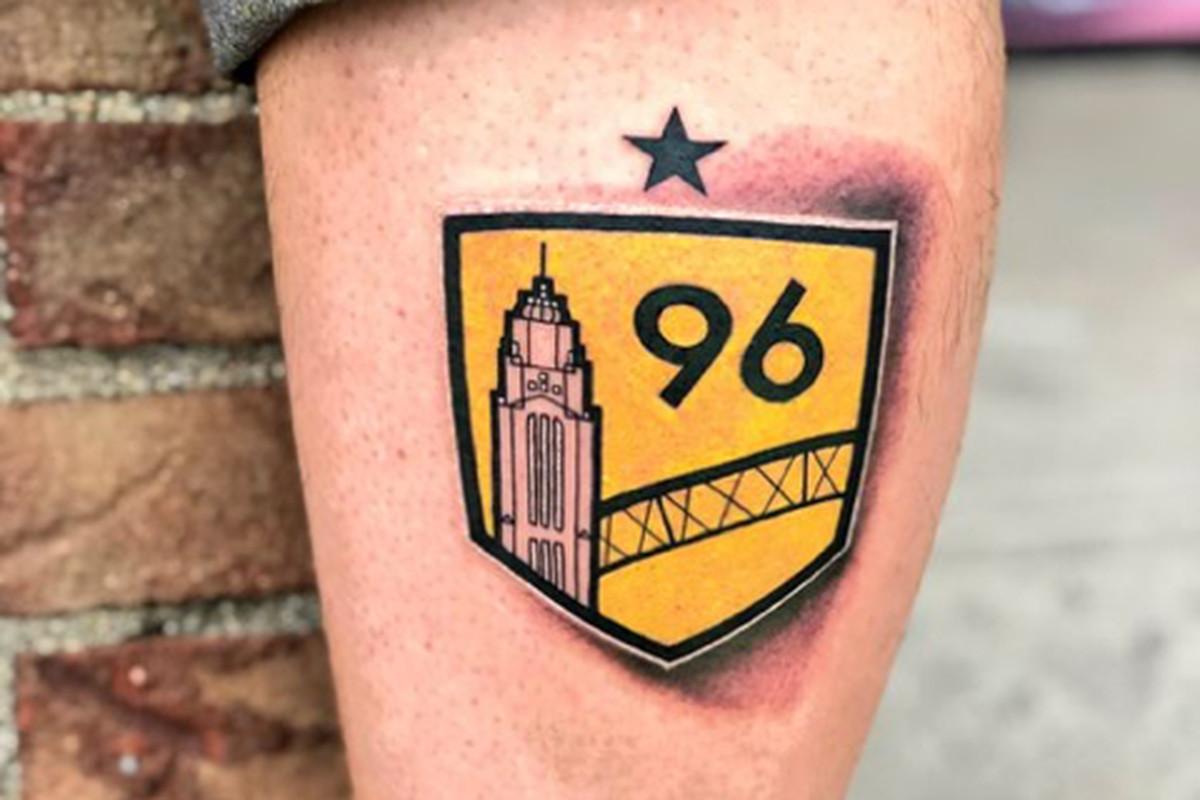 Endless pain tattoo piercing