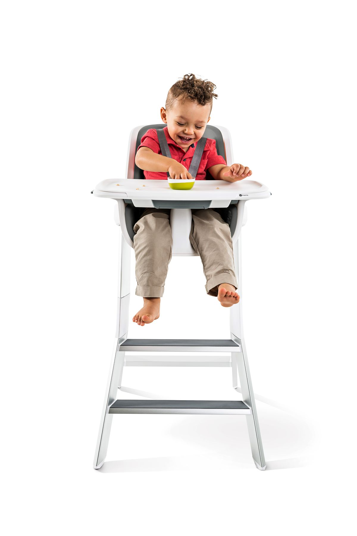 ddf9ba9ee4f This magnetic high chair has some clever features