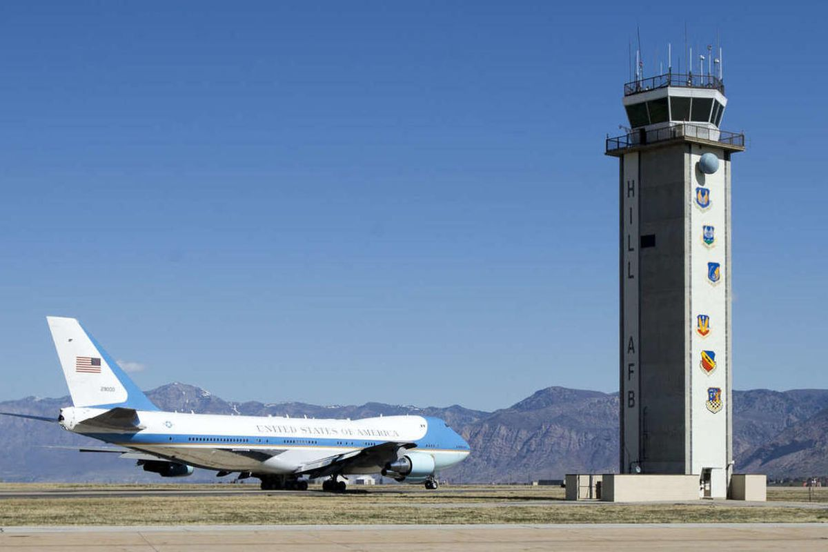 Air Force One with President Barack Obama on board taxis for take off Friday, April 3, 2015, at Hill Air Force Base in Ogden Utah after announcing a new renewable energy plan that will involve veterans.