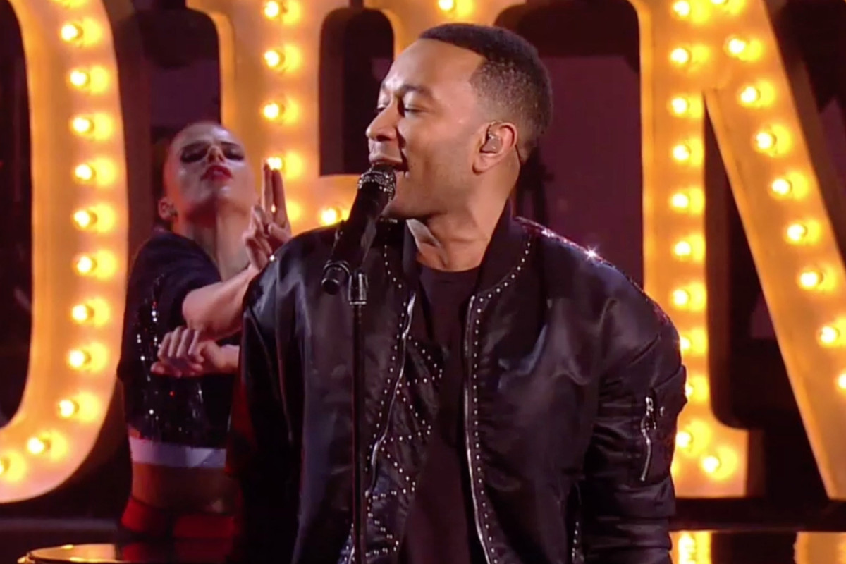 Nba All Star Game 2017 Halftime Show John Legend Croons