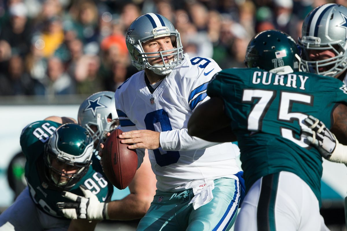 a0fdbaa3d98 Why The Dallas Cowboys Should Try To Renegotiate Tony Romo's Contract
