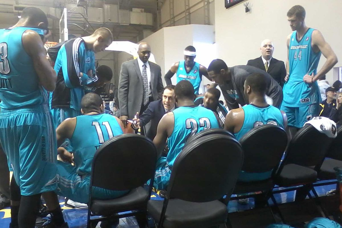 The view from behind the Sioux Falls Skyforce bench during their loss to the Santa Cruz Warriors.