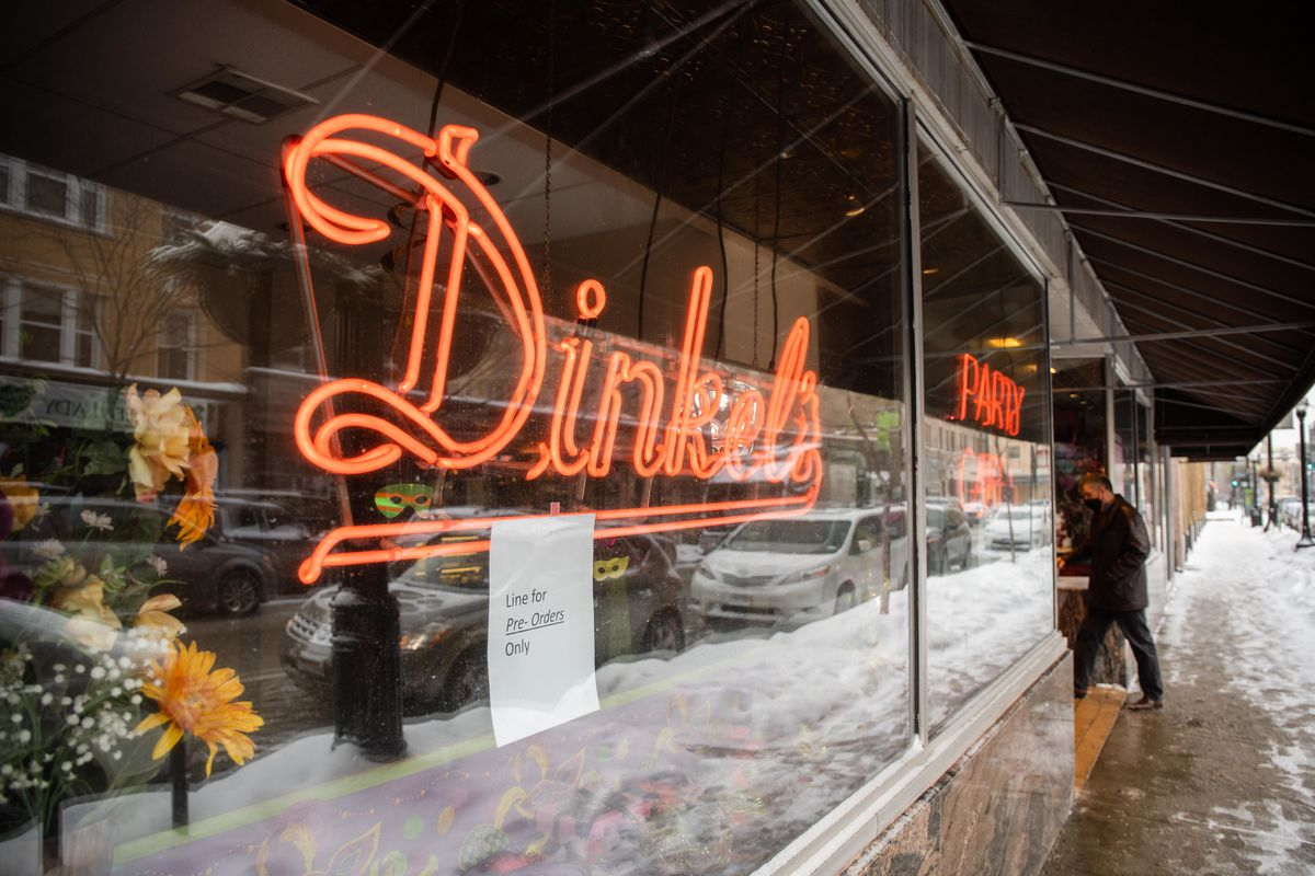 The Dinkel's Bakery window sign at 3329 N. Lincoln Ave. in Lake View.