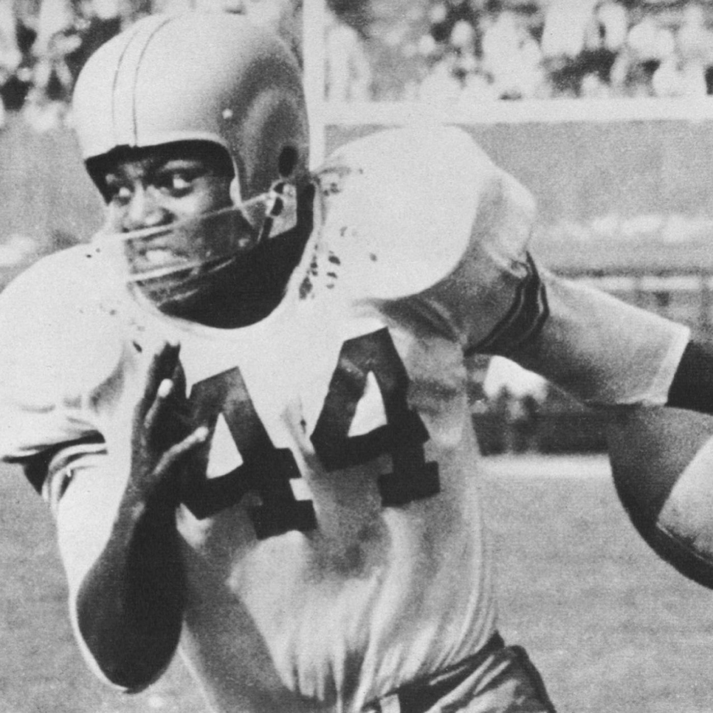 ESPN names Syracuse's Jim Brown top college football player of all-time -  Troy Nunes Is An Absolute Magician