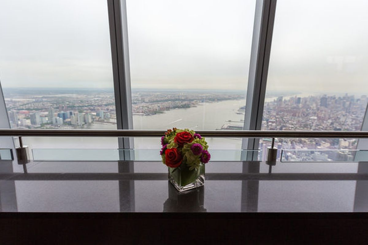 Don T Eat At One World Trade Center S Sky High Restaurants