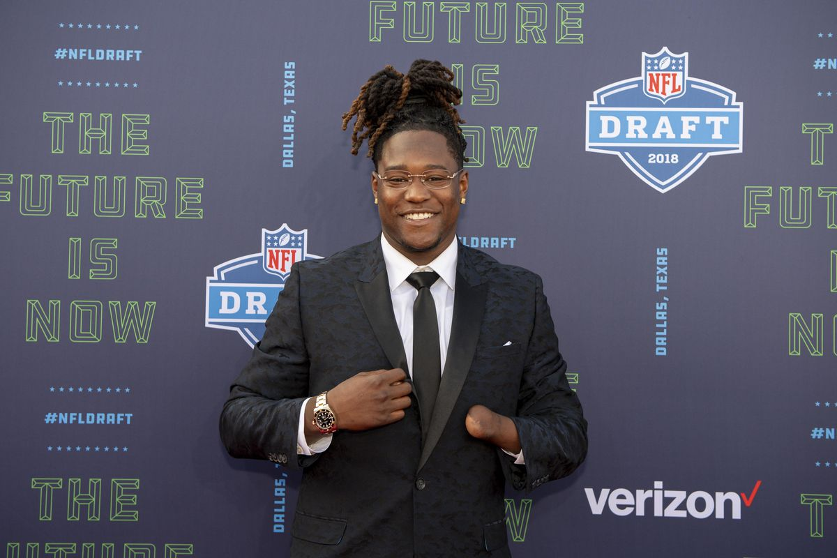 Shaquem Griffin NFL draft  7 coolest parts of the new Seahawk s day ... b869b5d677e
