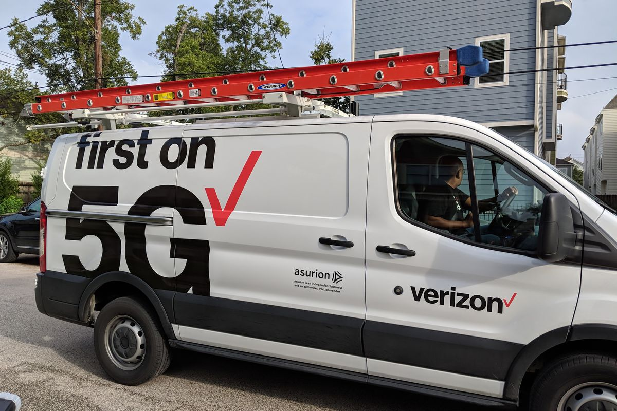 Verizon S 5g Home Internet Is Sort Of Real Sort Of Fake The Verge