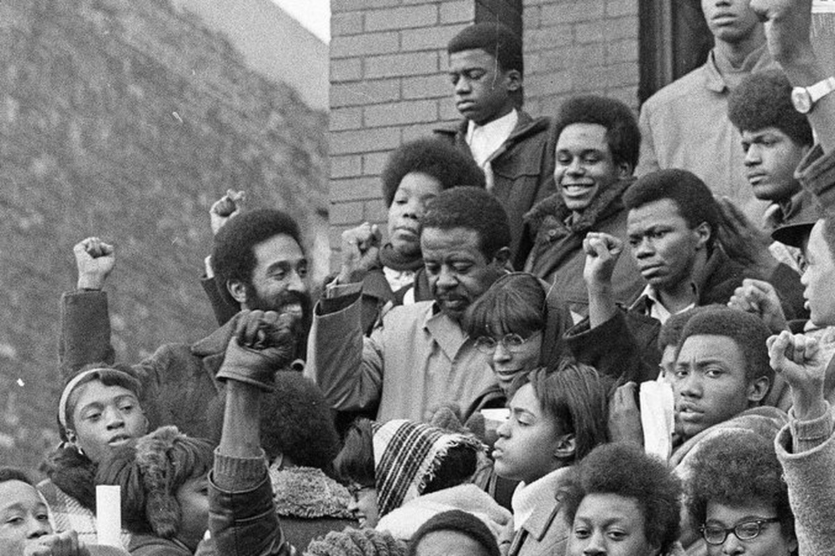 Ralph Abernathy stands outside the West Side apartment where Fred Hampton was murdered during a raid by Chicago police.