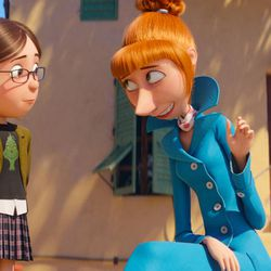 """Margo (Miranda Cosgrove) has a heart to heart with Lucy (Kristen Wiig) in """"Despicable Me 3."""""""