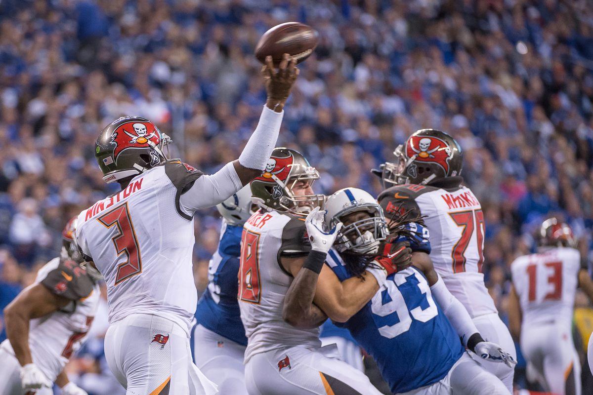 NFL: NOV 29 Buccaneers at Colts