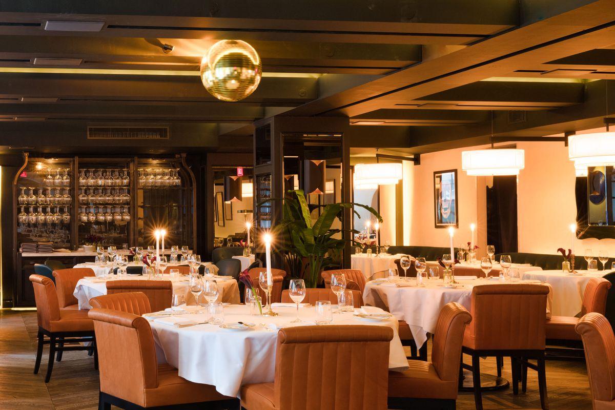 New York Restaurant Upper East Side Omar At Vaucluse