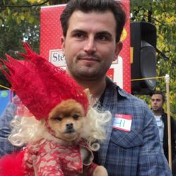 """Image via <a href=""""http://www.dnainfo.com/20111023/lower-east-side-east-village/halloween-is-for-dogs-at-tompkins-square-park"""" rel=""""nofollow"""">DNAinfo</a>"""