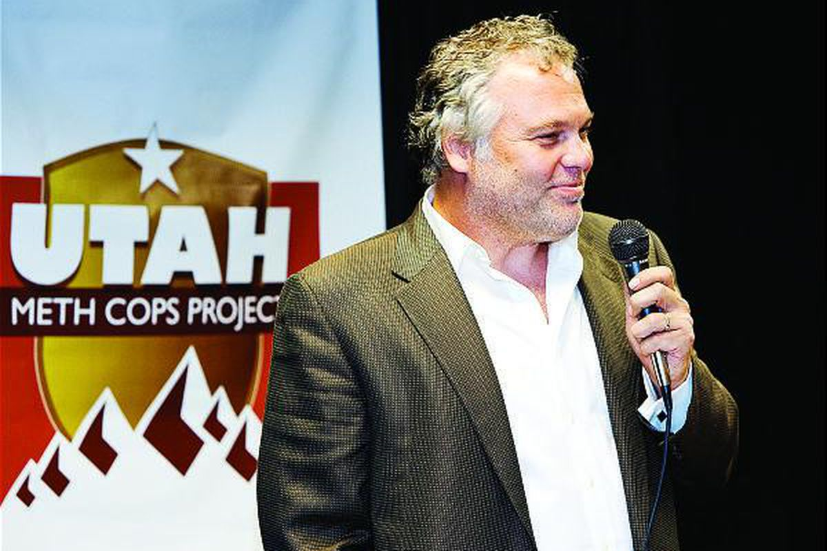 """Actor Vincent D'Onofrio of """"Law & Order: Criminal Intent"""" speaks at a Sandy fundraiser for Utah Meth Cops Project."""