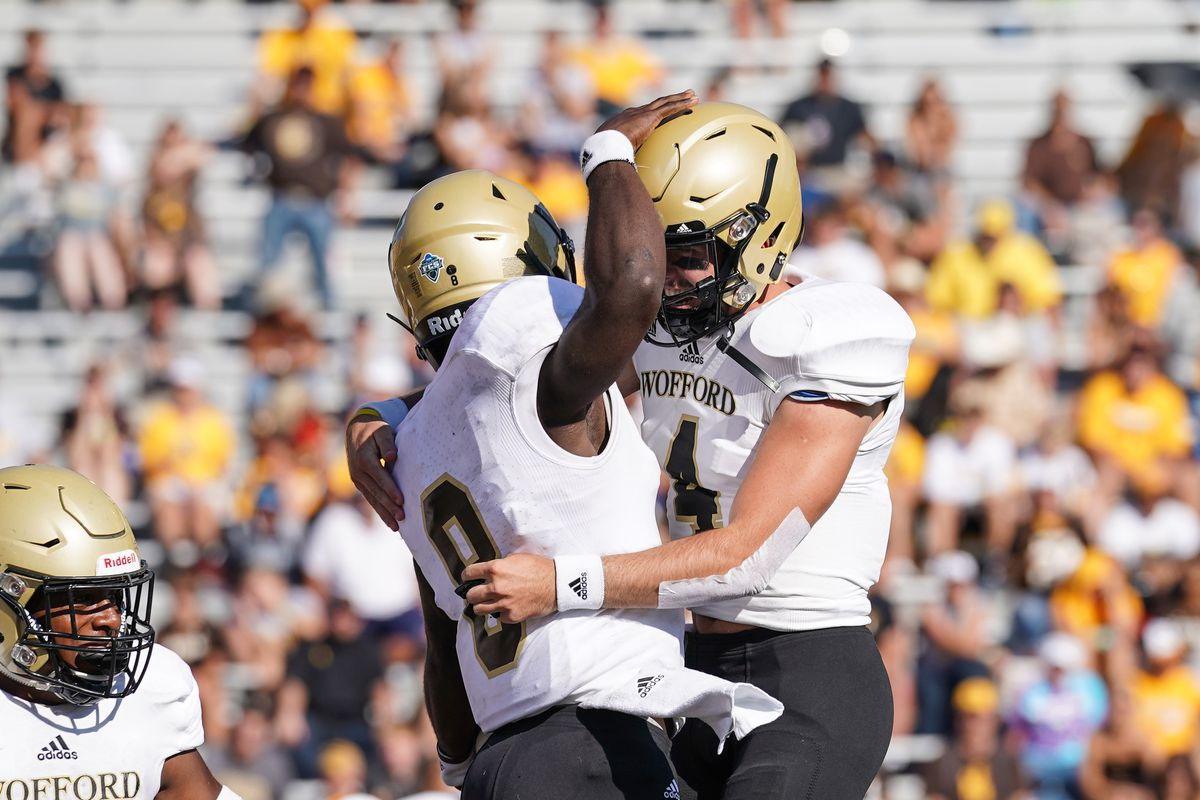 Fcs Game Of The Week Preview No 21 East Tennessee State At No 12