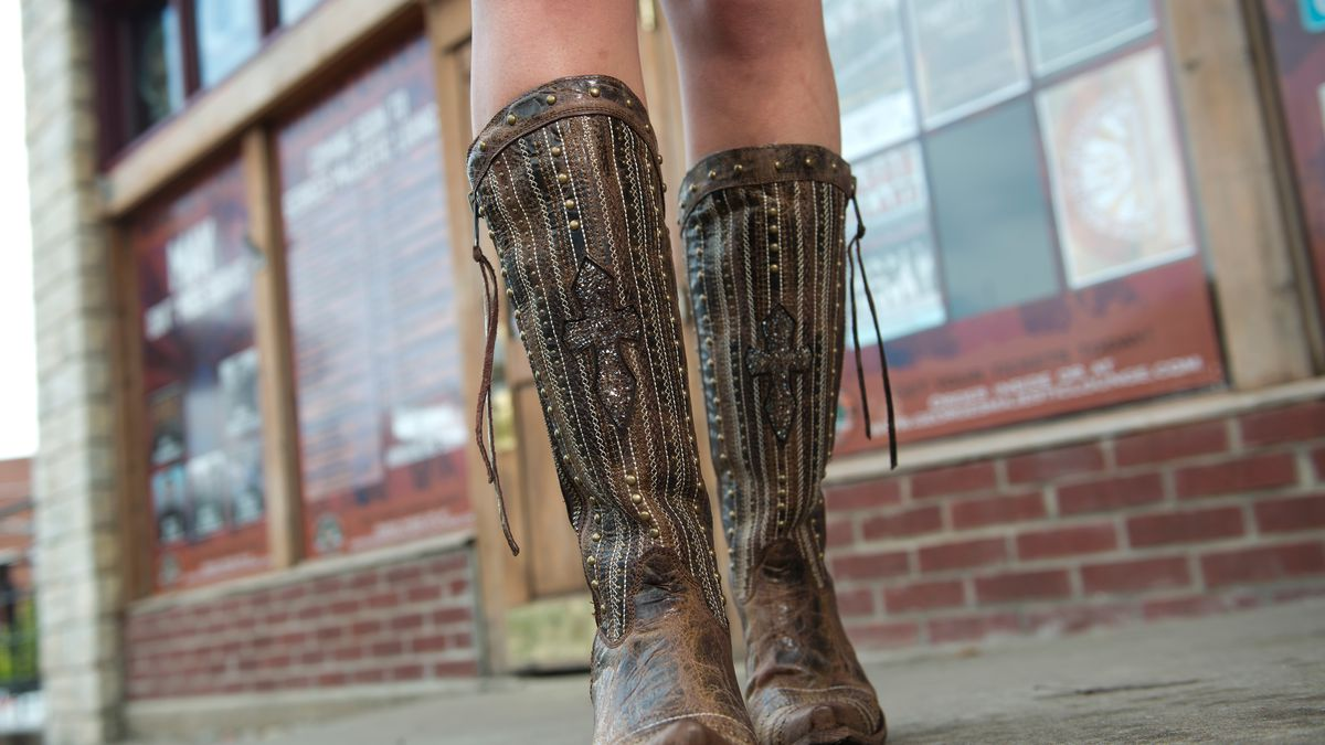 The strange but true story of how a cowboy boot startup took over the strange but true story of how a cowboy boot startup took over facebook biocorpaavc Images