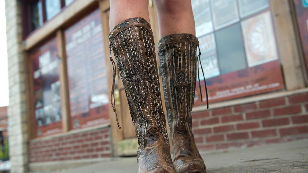 252e5e6f7335e The Strange-But-True Story of How a Cowboy Boot Startup Took Over Facebook