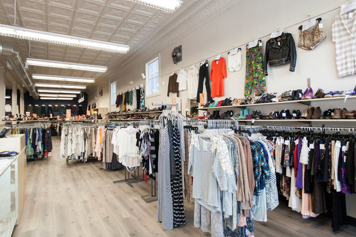 """Crossroads' new Market Street store interior; photo by <a href=""""http://patriciachangphotography.com"""">Patricia Chang</a>"""
