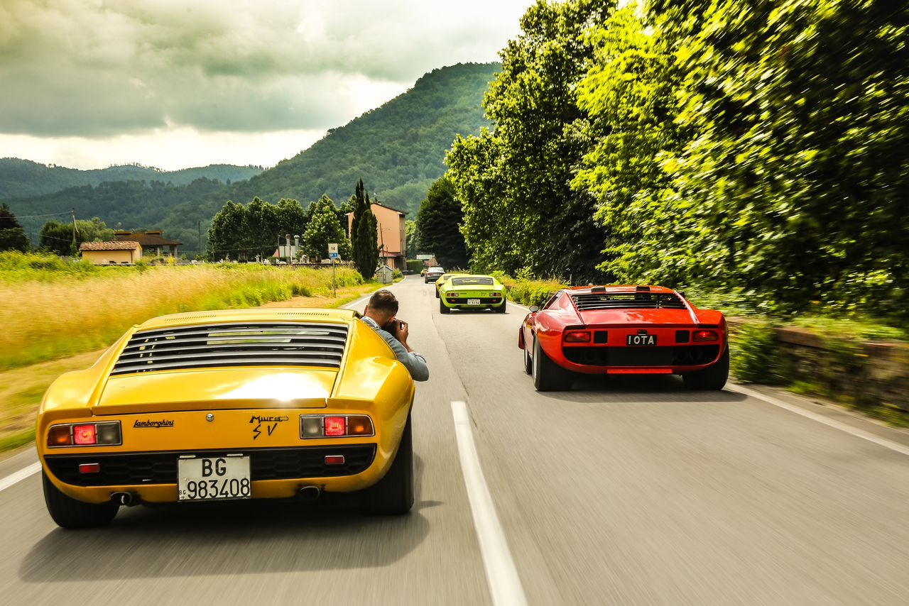 What It S Like To Drive Lamborghini S Most Beautiful Car The Verge