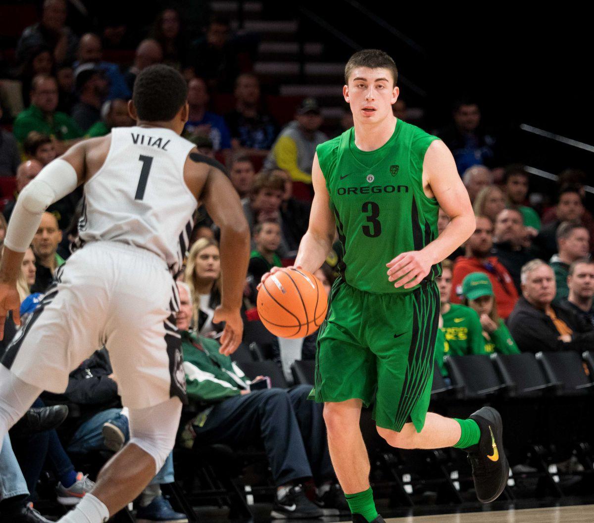 NCAA Basketball: Connecticut at Oregon