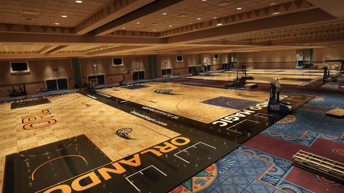 The Nba S Orlando Practice Courts Are Really Bad At Social Distancing Sbnation Com
