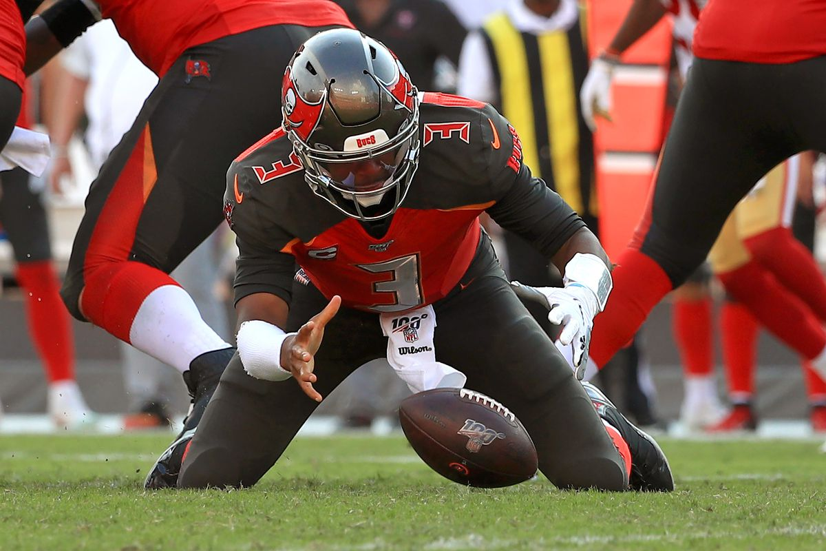 Jameis Winston of the Tampa Bay Buccaneers fumbles a snap during a game against the San Francisco 49ers at Raymond James Stadium on September 08, 2019 in Tampa, Florida.