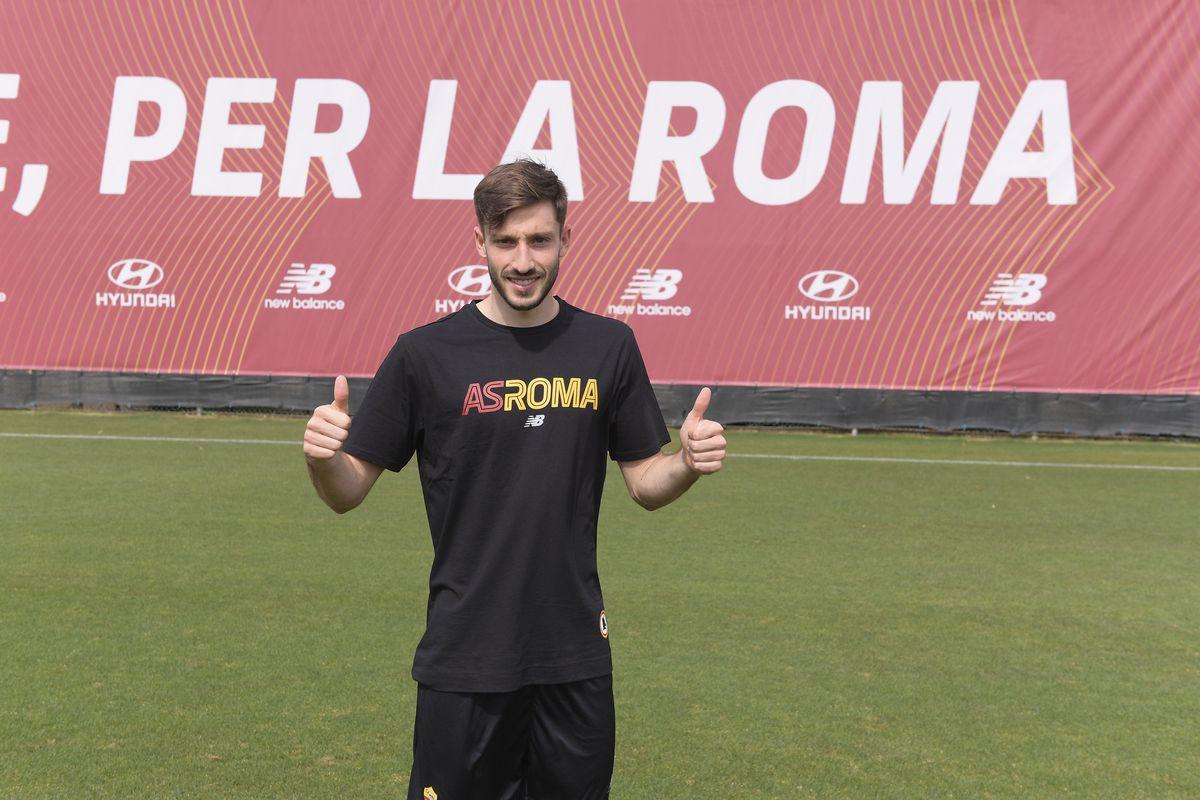 AS Roma Unveils New Signing Matias Vina