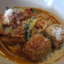 """Spaghetti and Meatballs at Brucie by <a href=""""https://www.flickr.com/photos/scottlynchnyc/14529125653/in/pool-eater/"""">Scoboco"""