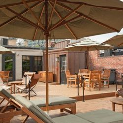 """<span class=""""credit"""">The roof garden at Emerge; via <a href=""""https://www.facebook.com/photo.php?fbid=310677080304&set=a.310556390304.321703.310553910304&type=3&theater"""">Facebook</a></span><p><b>Emerge Spa & Salon</b>: This beautifully manicured five-story"""