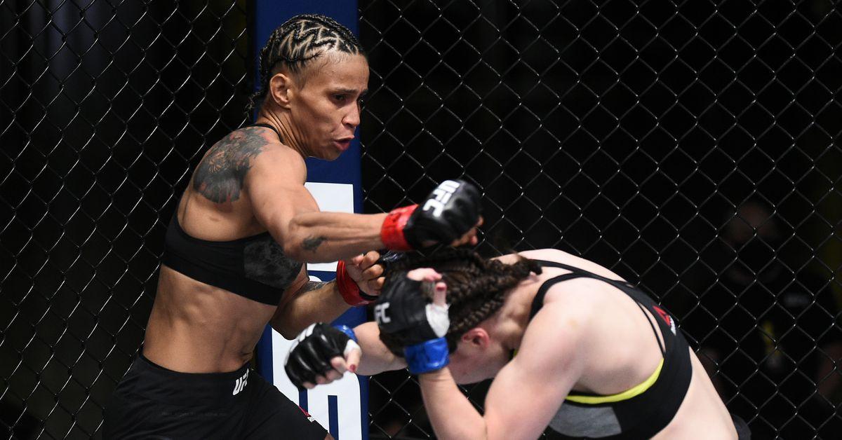 Amanda Lemos plans to 'definitely' finish Livinha Souza at UFC 259