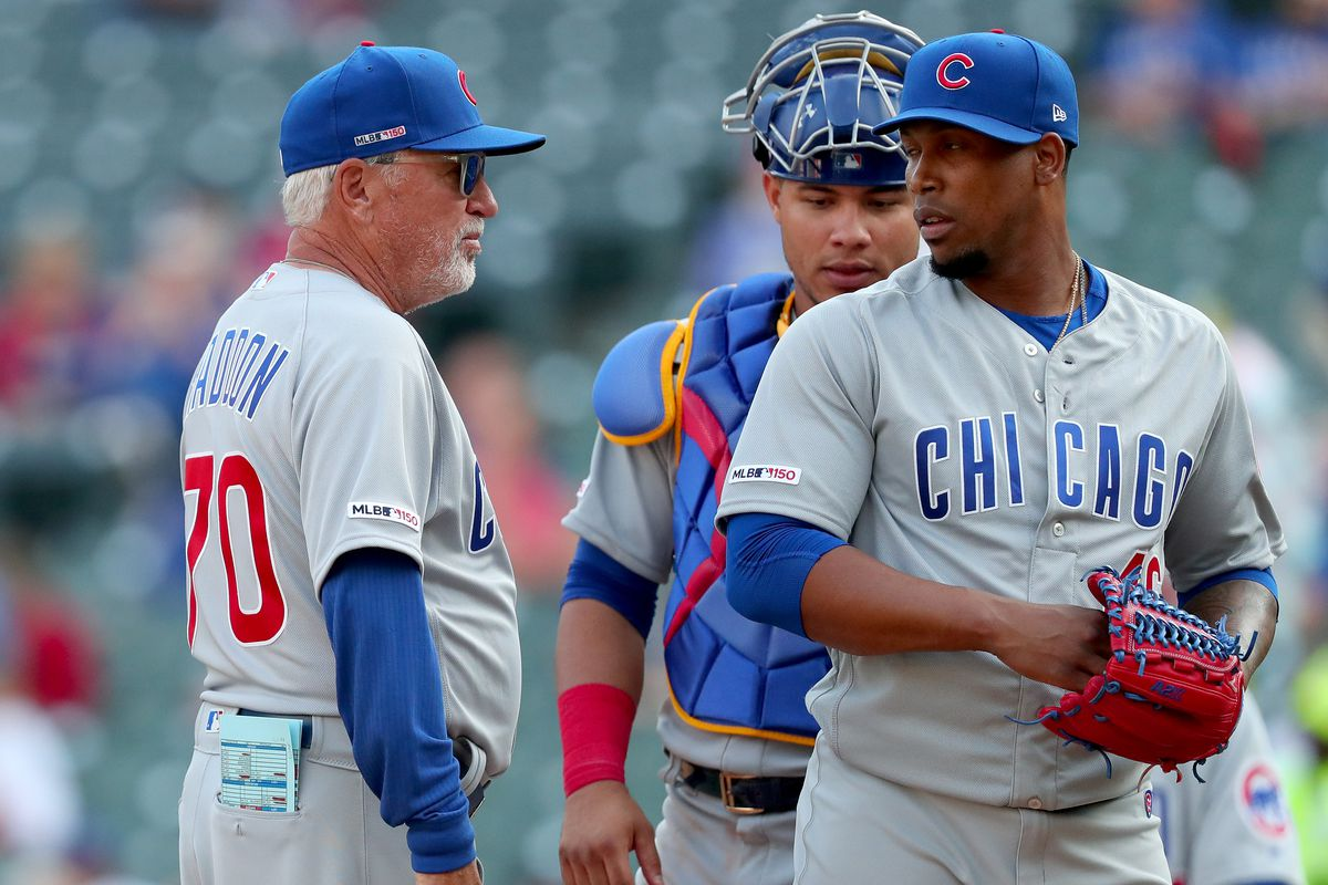 For aesthetic reasons, baseball managers should not be allowed to wear their team's uniforms.