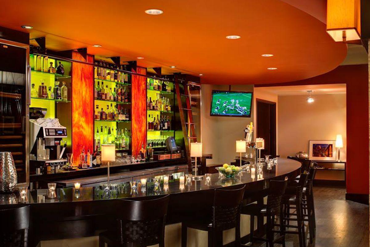 The bar at Porter & Frye