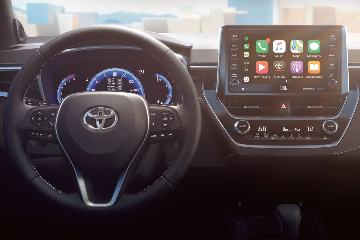 The New Toyota Corolla Will Have Apple Carplay And Amazon S Alexa