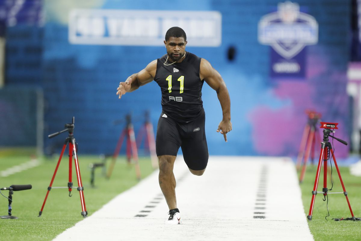 LSU Tigers running back Clyde Edwards-Helaire runs the 40 yard dash during the 2020 NFL Combine at Lucas Oil Stadium.