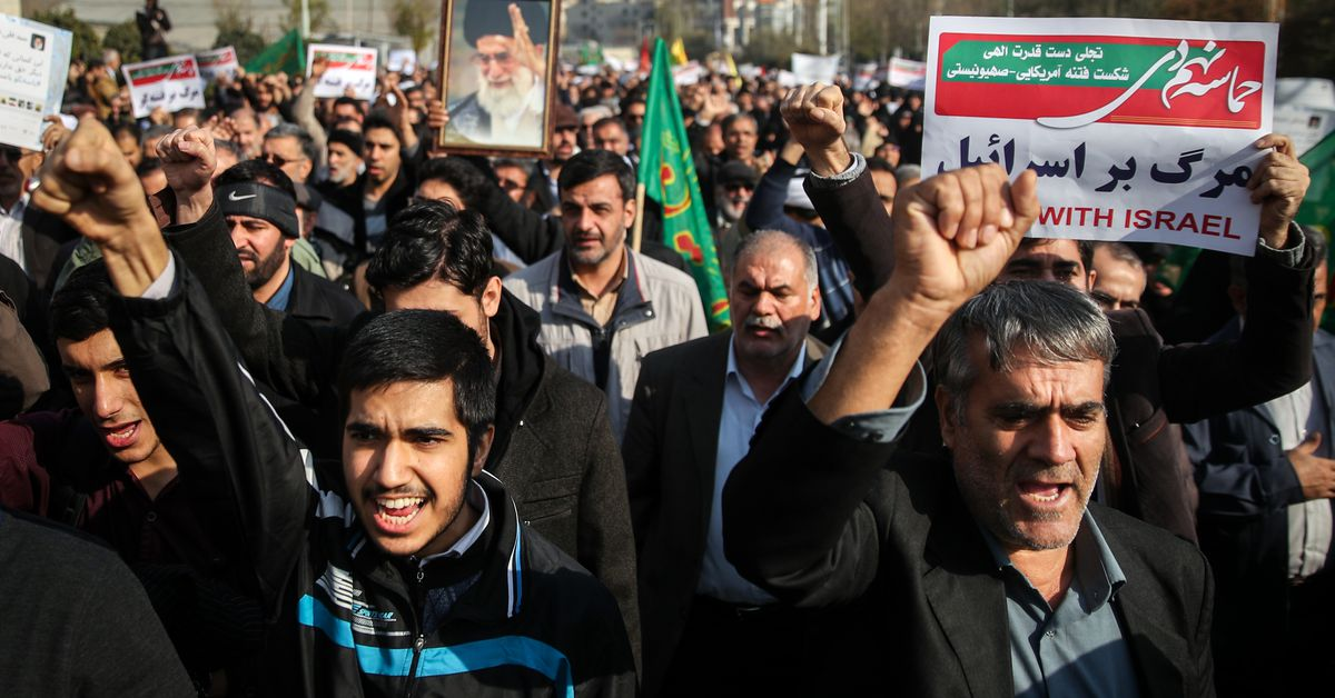 Iran blocks encrypted messaging apps amid nationwide protests