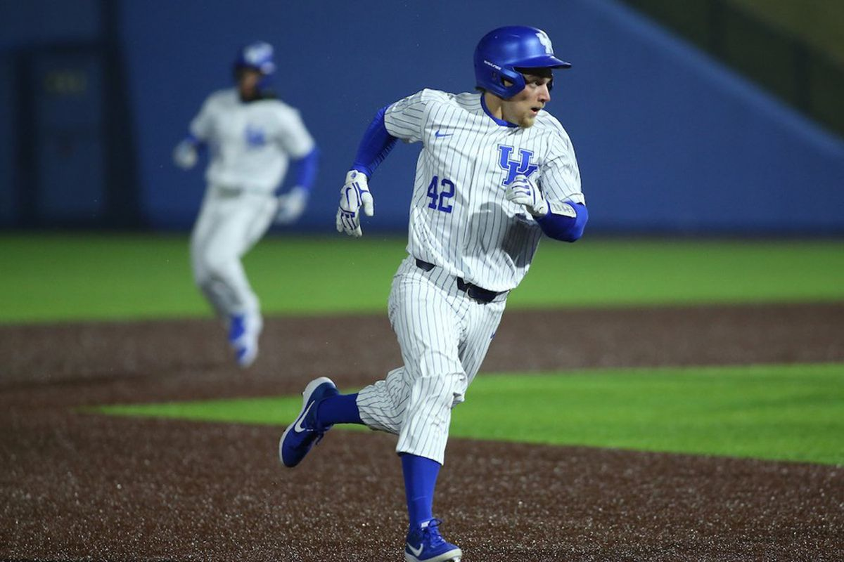 Kentucky's season comes to an end with loss to Vanderbilt