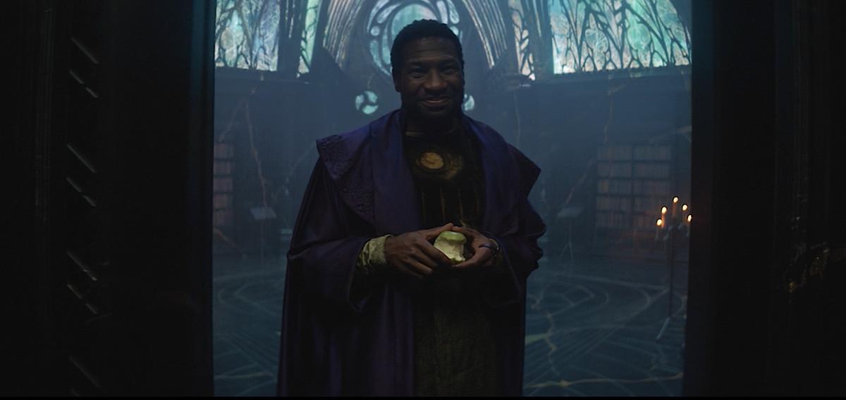 Jonathan Majors as He Who Remains, smirking as he meets Loki and Sylvie