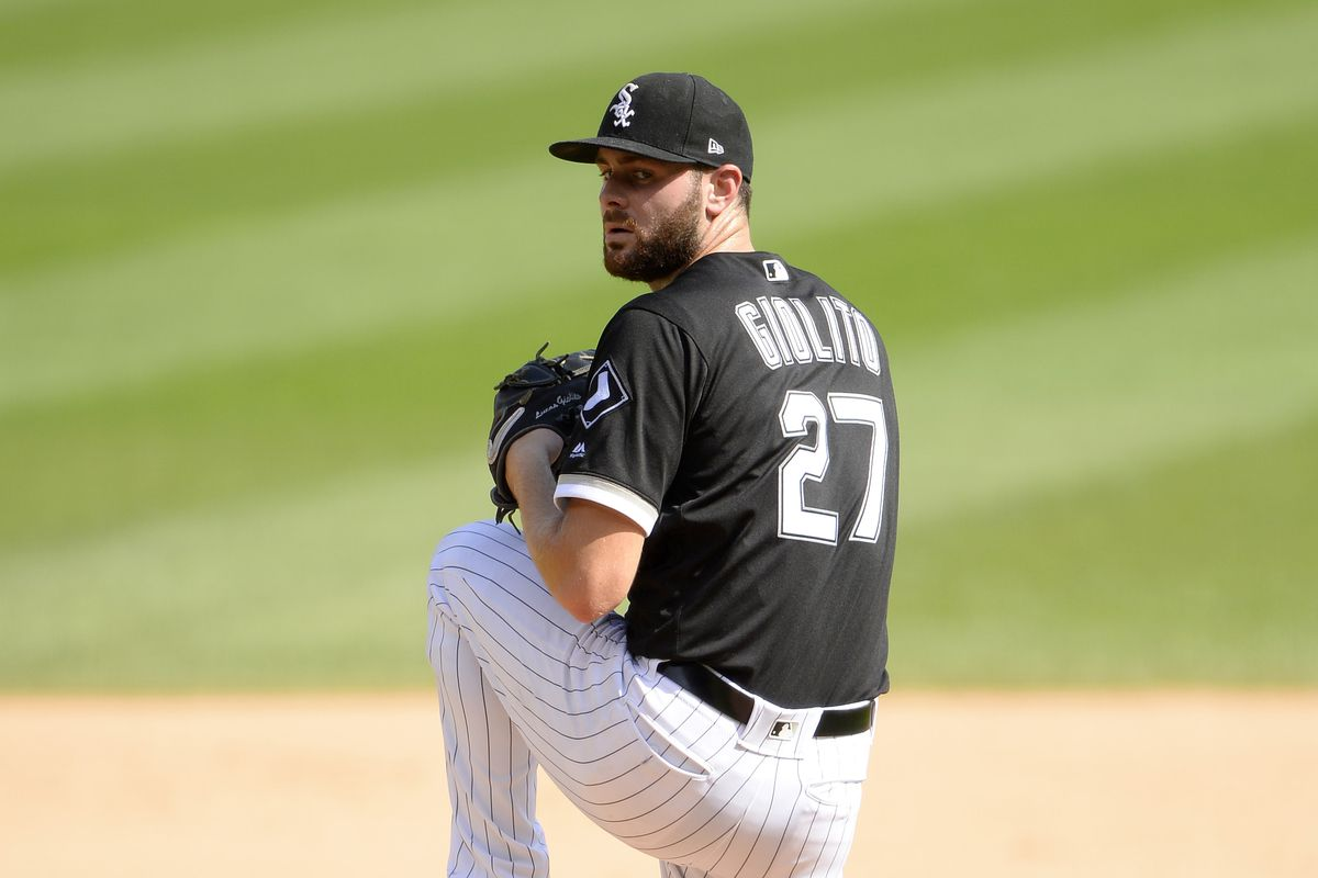 Lucas Giolito of the Chicago White Sox pitches against the Kansas City Royals on September 12, 2019 at Guaranteed Rate Field in Chicago, Illinois.